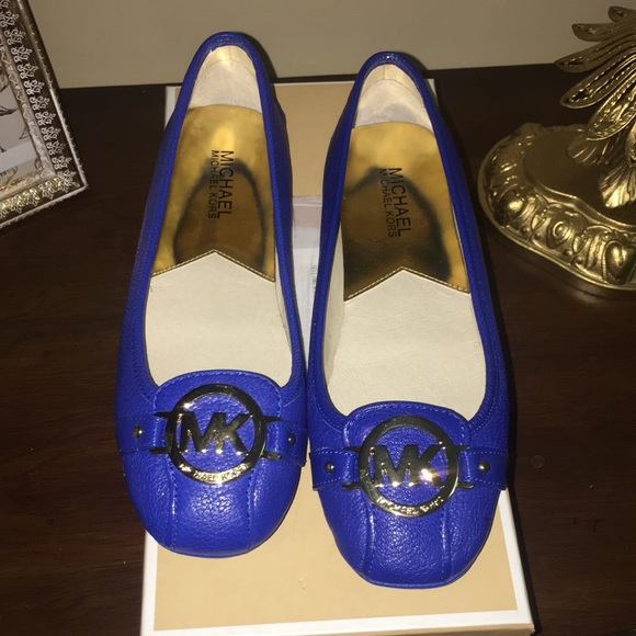 178d487593c Brand New Royal Blue Michale Kors Flats